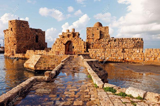 31490086-sidón-castillo-mar-sidon-líbano.jpg